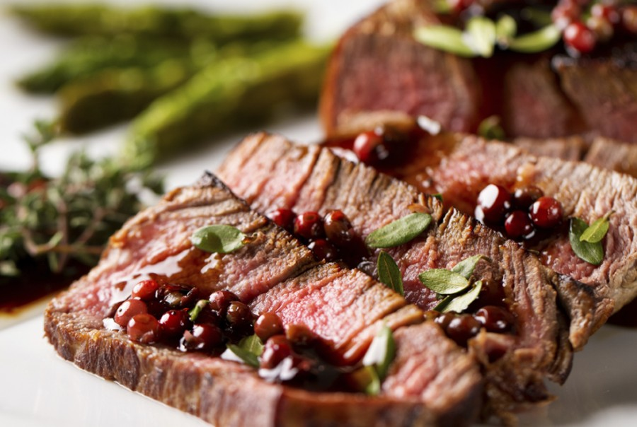Pasta dishes with intricate sauces<br>Grilled red meat<br>Braised roasts, lamb and game<br>Well matured cheeses, not blue-veined