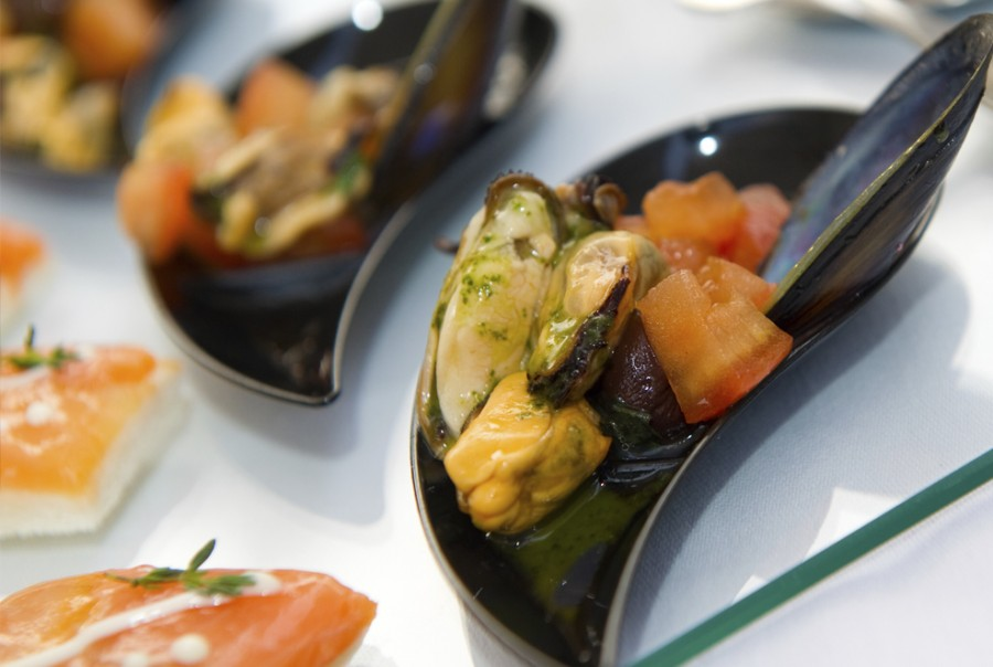 Aperitifs<br>Hors d'oeuvres featuring vegetables or fish<br> First courses, soups or pasta with vegetables<br>Fish with light sauces<br>